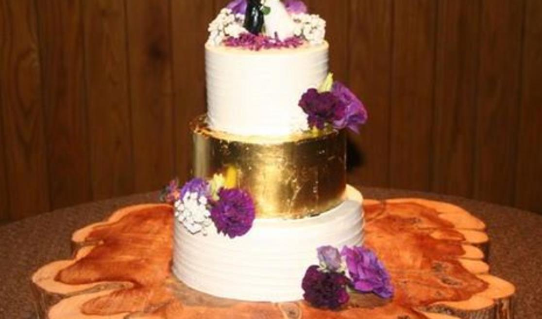 Hallmark Cakes