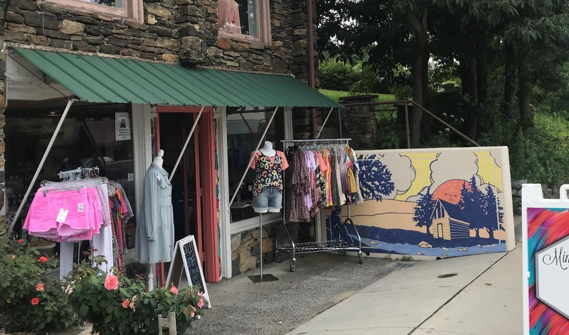 Mimi G's Boutique on King Street