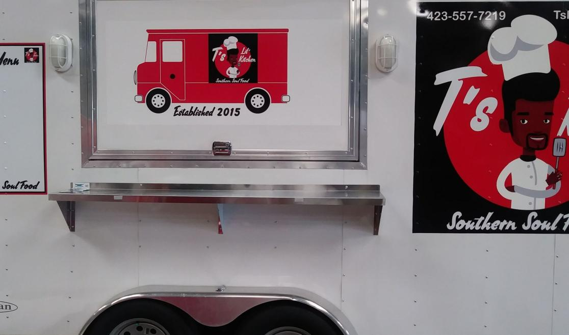 T's Lil' Kitchen food truck