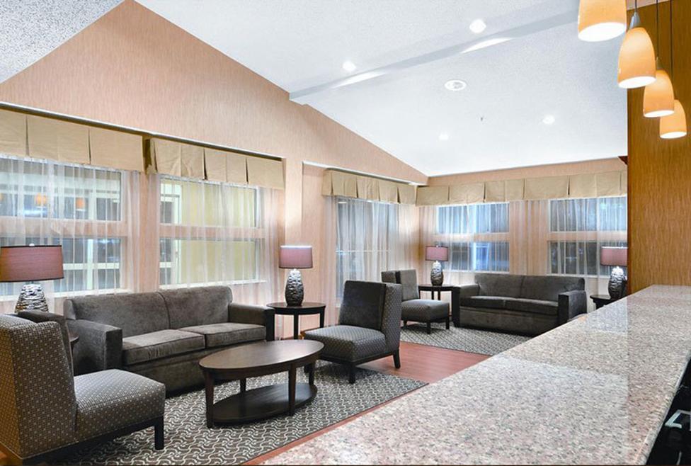 Comfort Suites DFW Airport Lobby