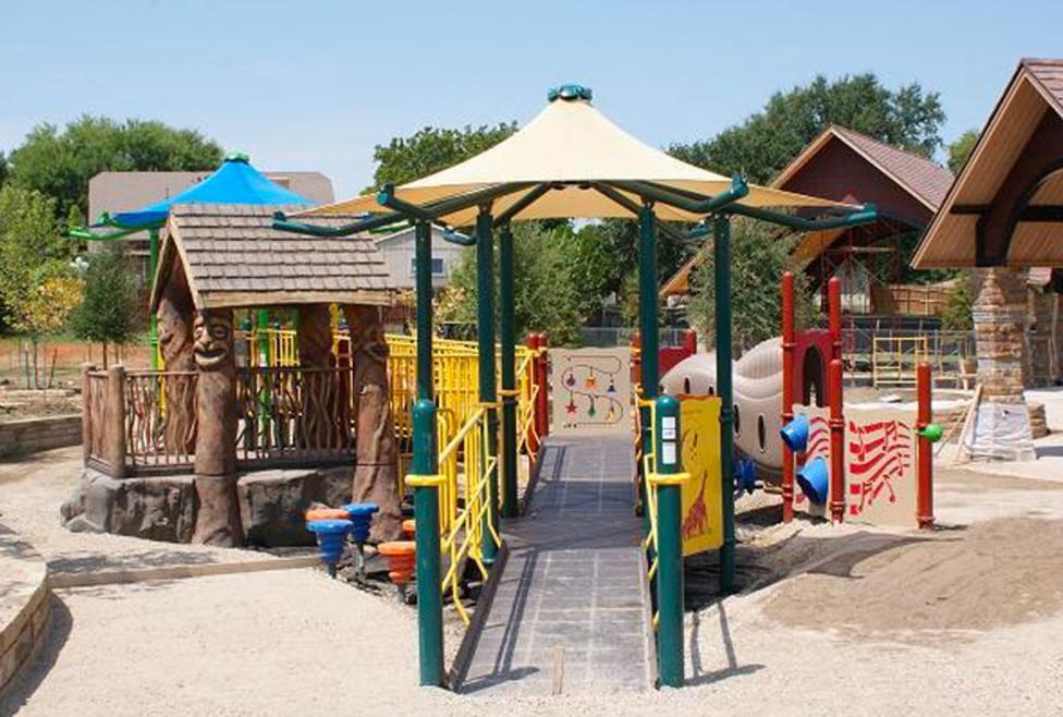 Cottonwood Creek Park Playground