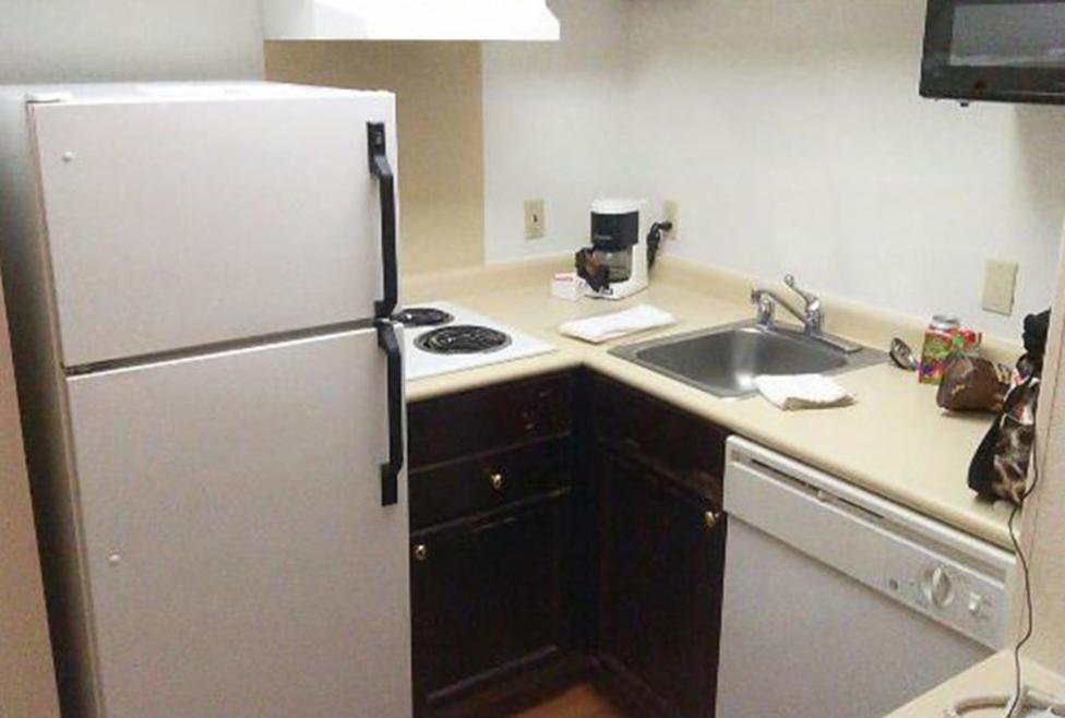Extended Stay America - Green Park - Kitchenette