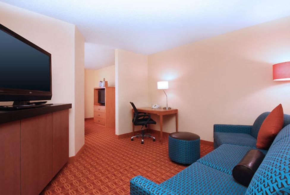 Fairfield Inn & Suites - Las Colinas - Suite