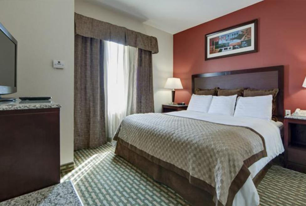 Hawthorn Suites - DFW Airport North - king