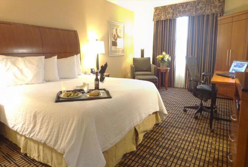 Hilton Garden Inn - Las Colinas - king