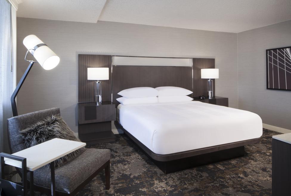 King Bed Balcony Room