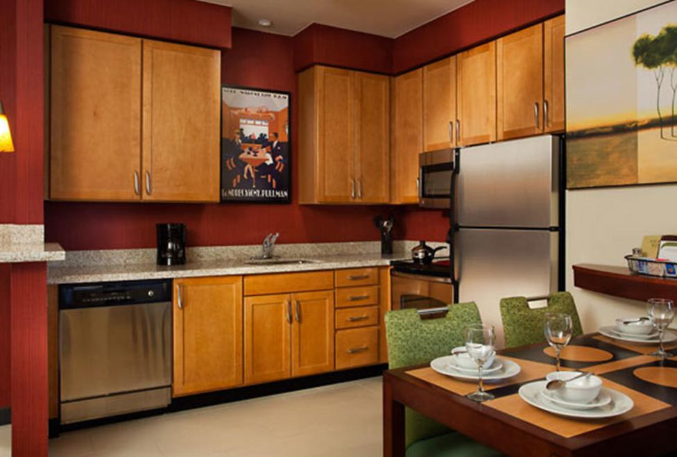 Residence Inn DFW South - kitchen