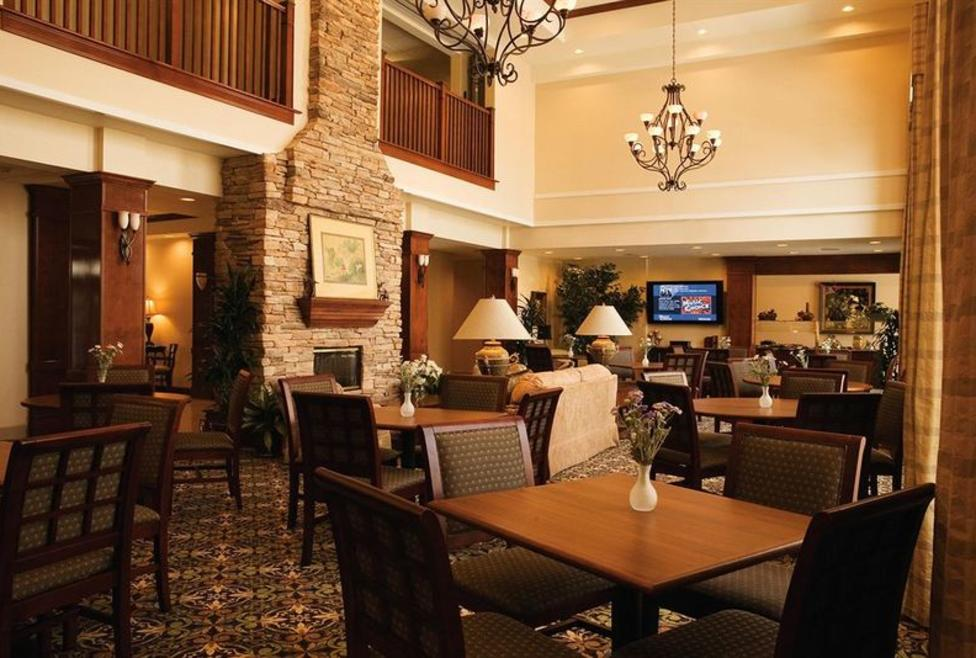 Staybridge Las Colinas - dining