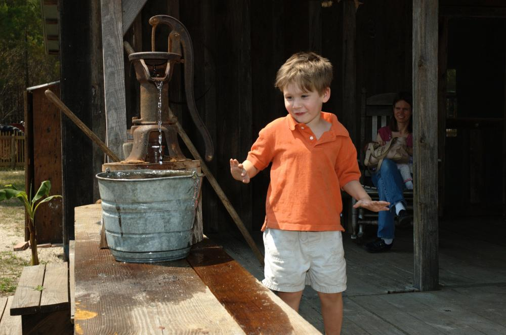 Child at the Florida Agricultural Museum