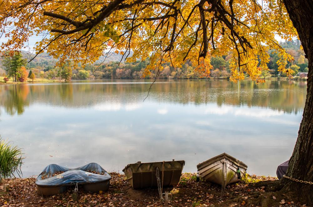 2018 Fall Color Beaver Lake