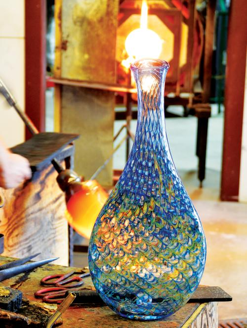 Hand blown vase at Wimberley Glassworks