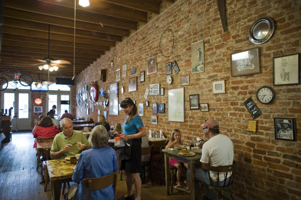 Diners at Maxines Cafe and Bakery in Bastrop Texas near Austin