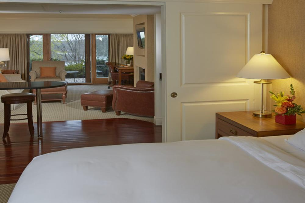 rsz_bedroom.jpg