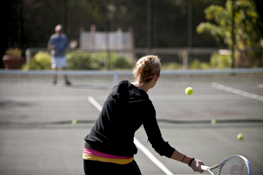 tennis_match2.jpg