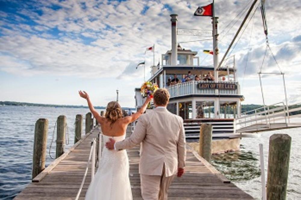 small_lady_wedding.jpg