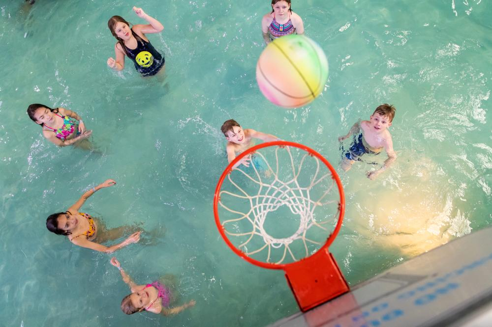 Water Basketball
