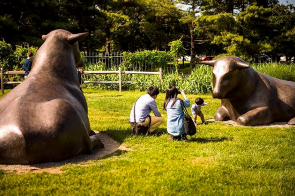 A family enjoying grounds for sculpture near Princeton, NJ.