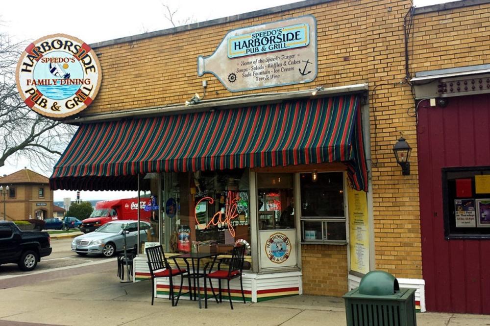 Harborside_Pub_and_Grill.jpg