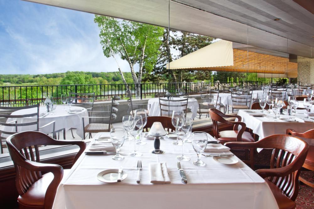 ChopHouse_Dining_Area2.jpg