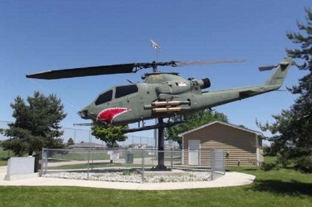 Veterans_park_lake_geneva.jpg