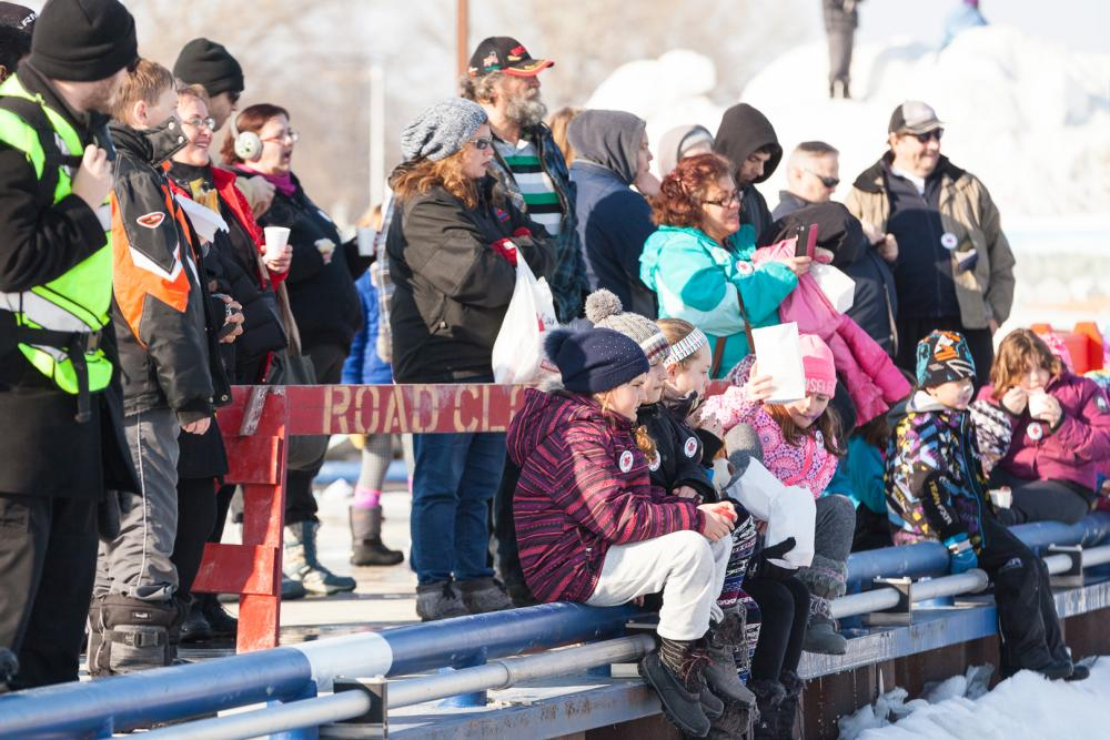 Gimli Ice Festival crowds