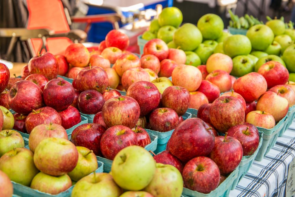 Apples for sale at the farmers market in Smithville