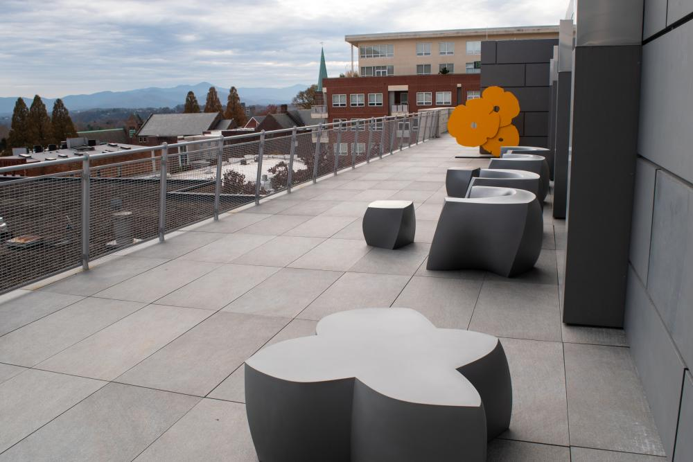 The rooftop terrace at the Asheville Art Museum