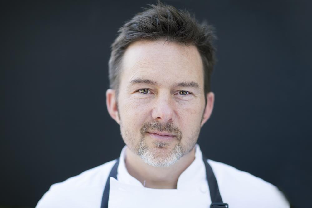 Chef Tyson Cole headshot