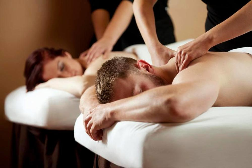 Couple massage at the White Orchid Inn & Spa in Flagler Beach