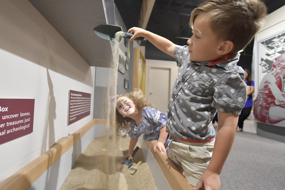 Wyandotte County Museum sand kids