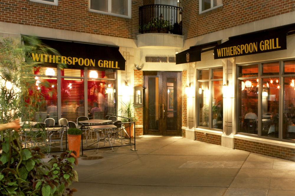 Outdoor Seating at the Witherspoon Grill in Princeton