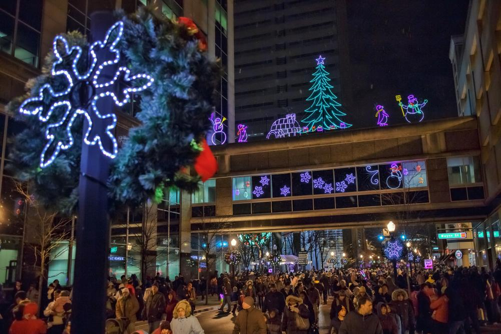 Night of Lights Celebration - Downtown Fort Wayne, Calhoun Street | Fort Wayne, Indiana