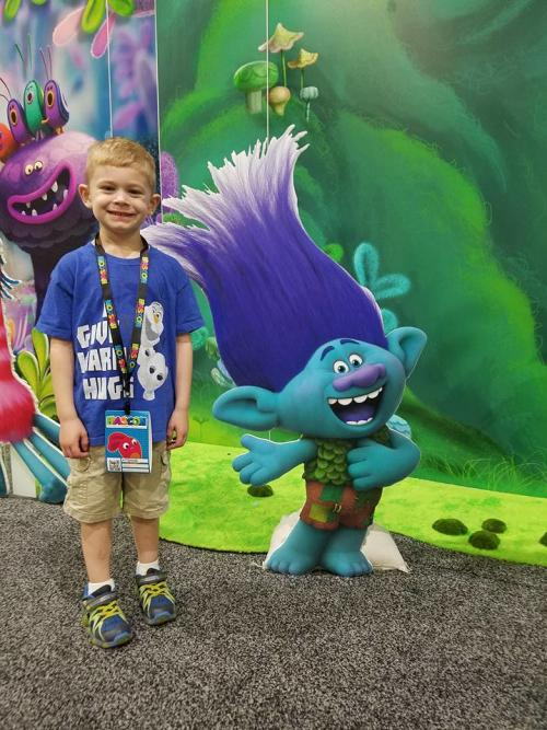 HASCON Boy with Branch Troll cutout