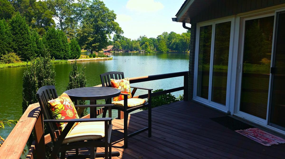 Shoal Creek Gibbons Home