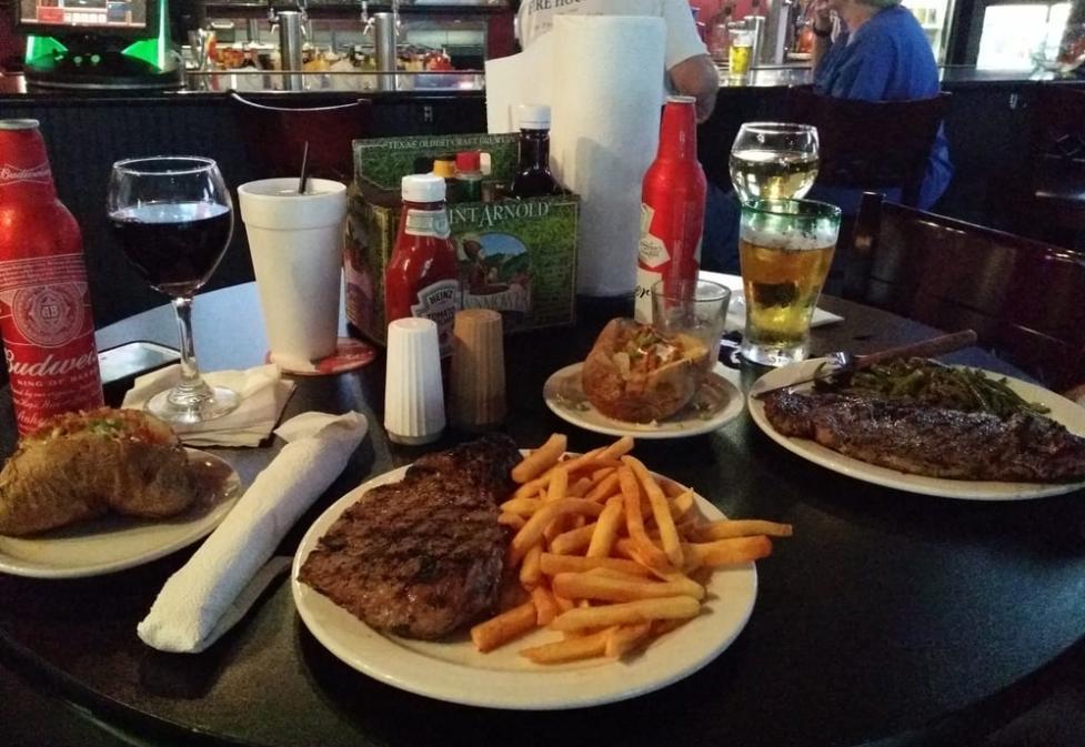 Gridiron Bar & Grill