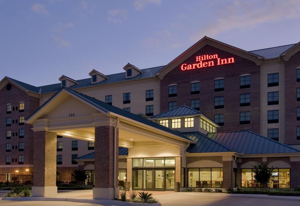 Hilton Garden Inn - Evening