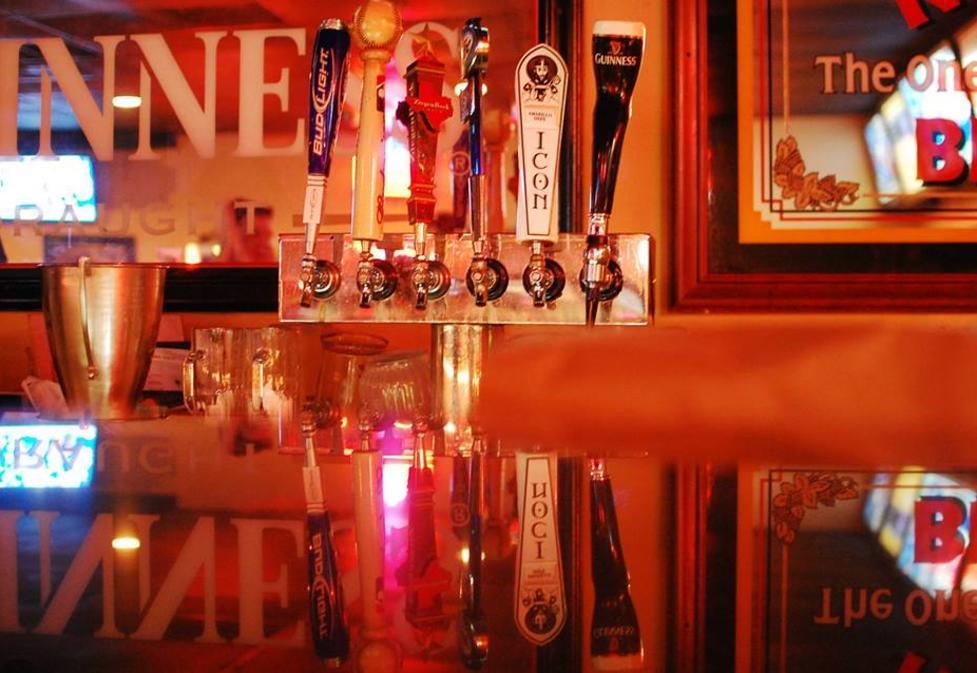 Pennison's Pub