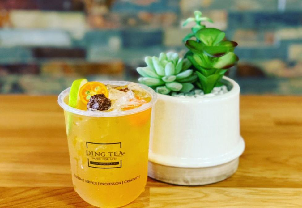 Authentic Taiwanese bubble tea house with slush, coffee, yakult/yogurt drinks