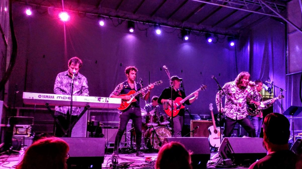 Blue Beatles with Jay Goeppner