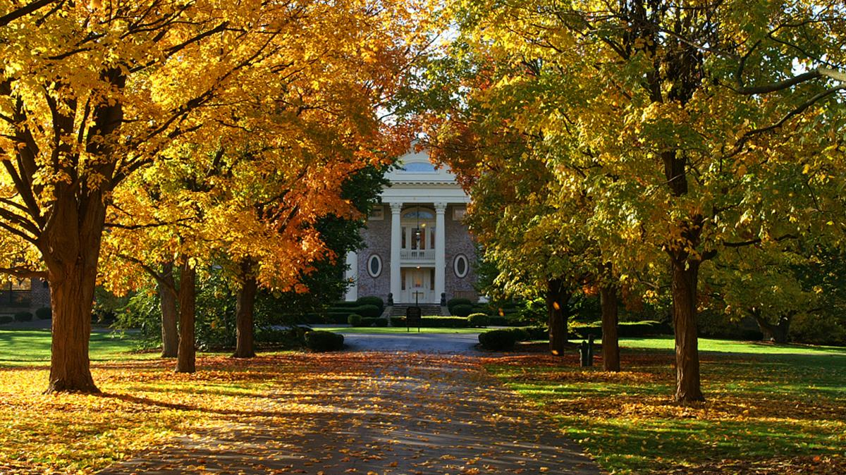 McCormick Mansion, Cantigny Park, Fall Leaves