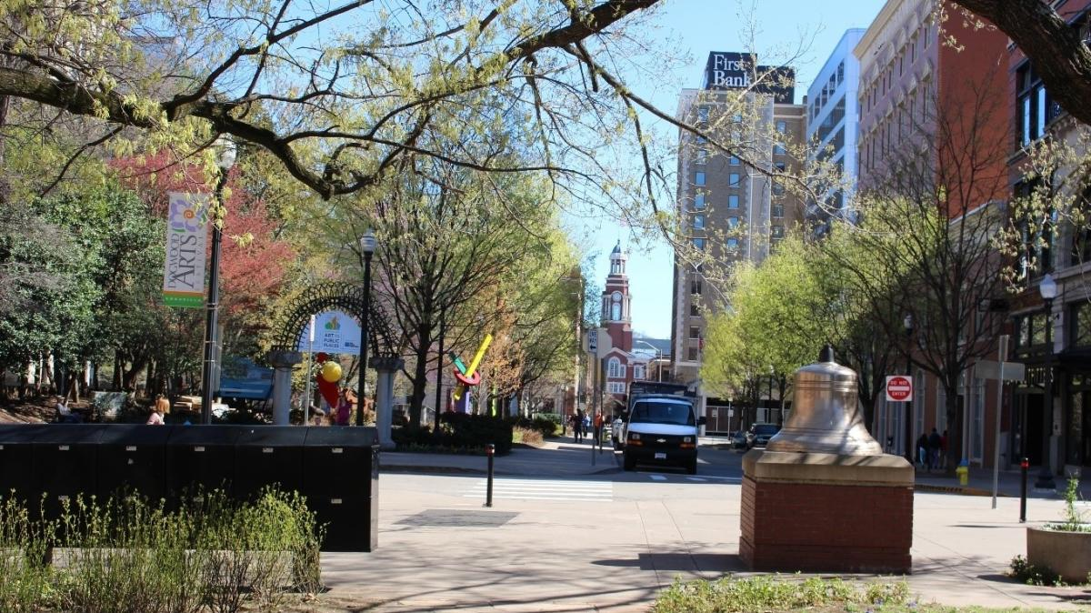 Downtown Knoxville – View looking down Market Street
