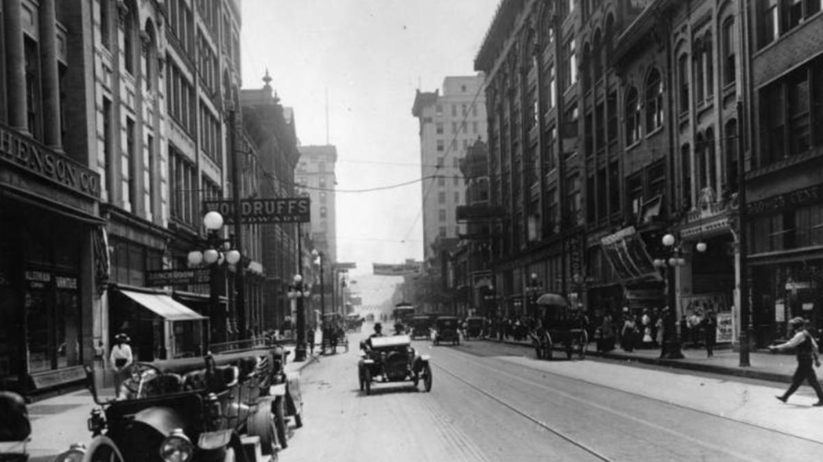 Looking south on Gay Street from about where Mast General Store is today, credit McClung Historical Collection