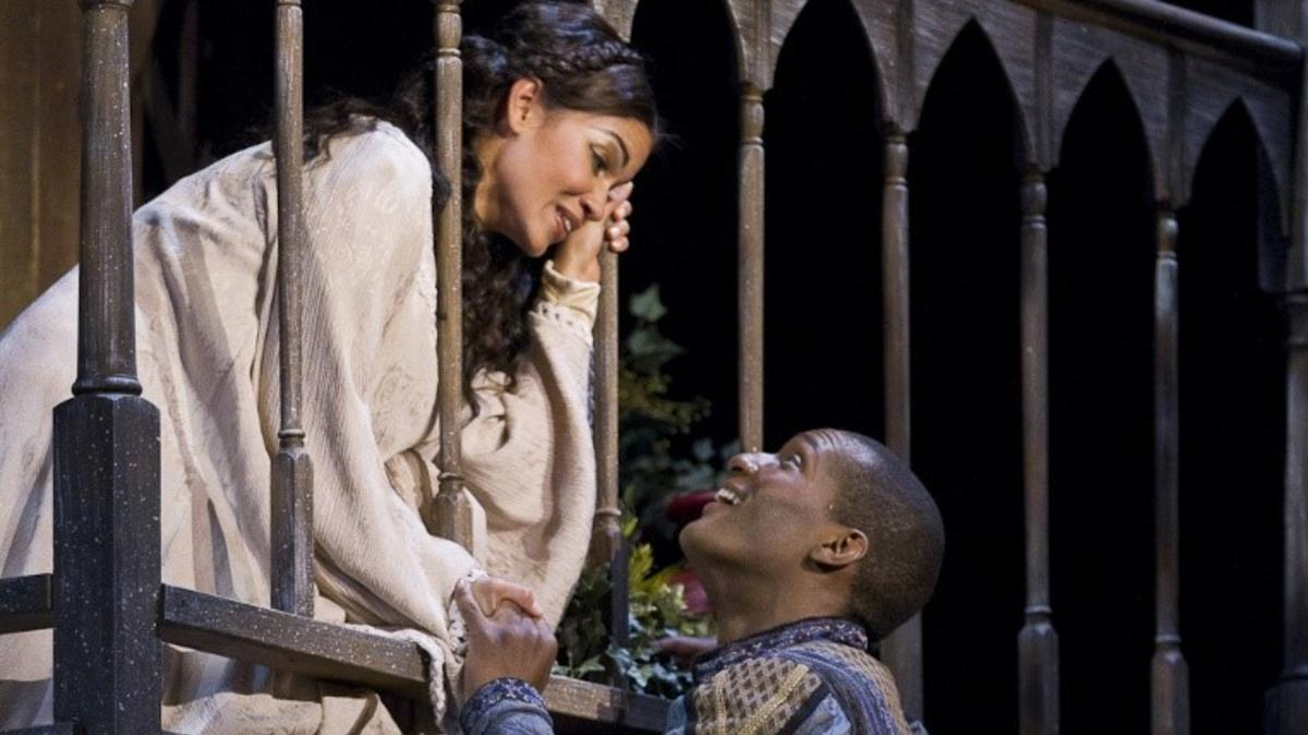 Knoxville Opera Woman Looking at Man Through Bannister