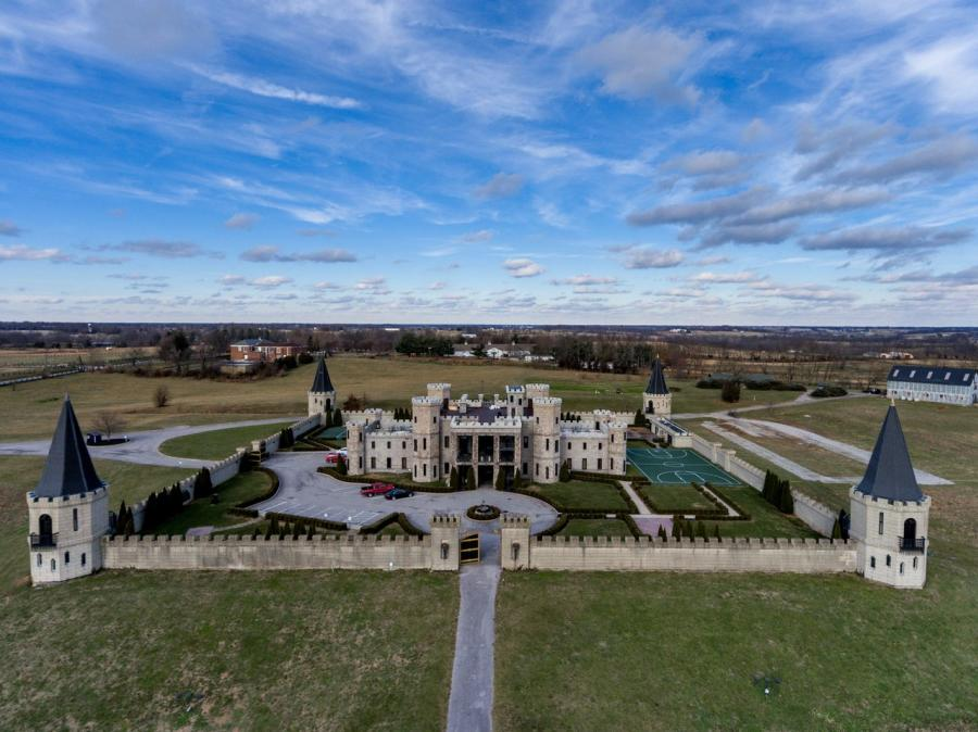 Aerial-of-The-Kentucky-Castle-medium