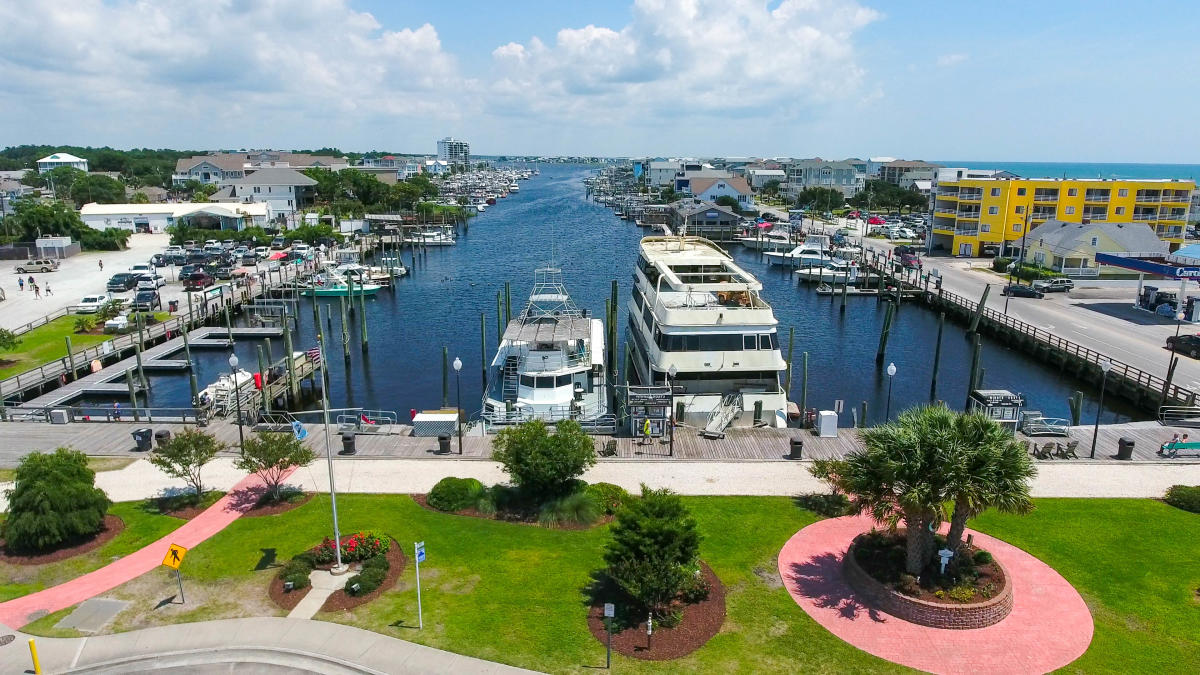 Boats parked in Carolina Beach Marina