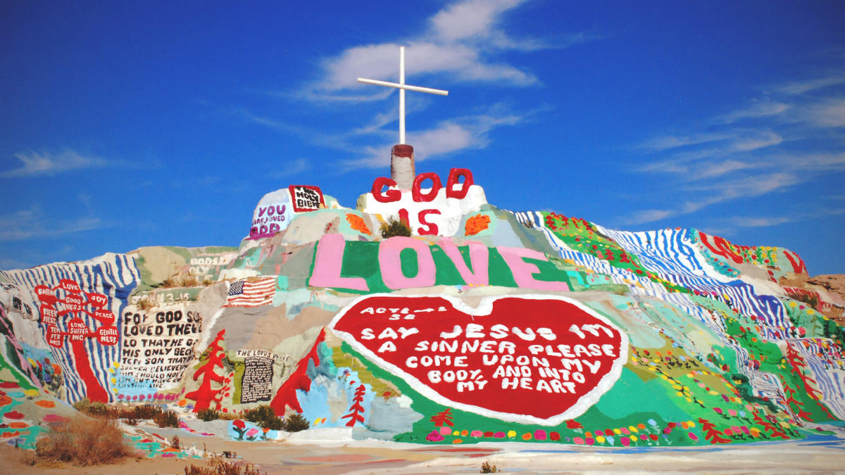 1920x1080 salvation mountain 2