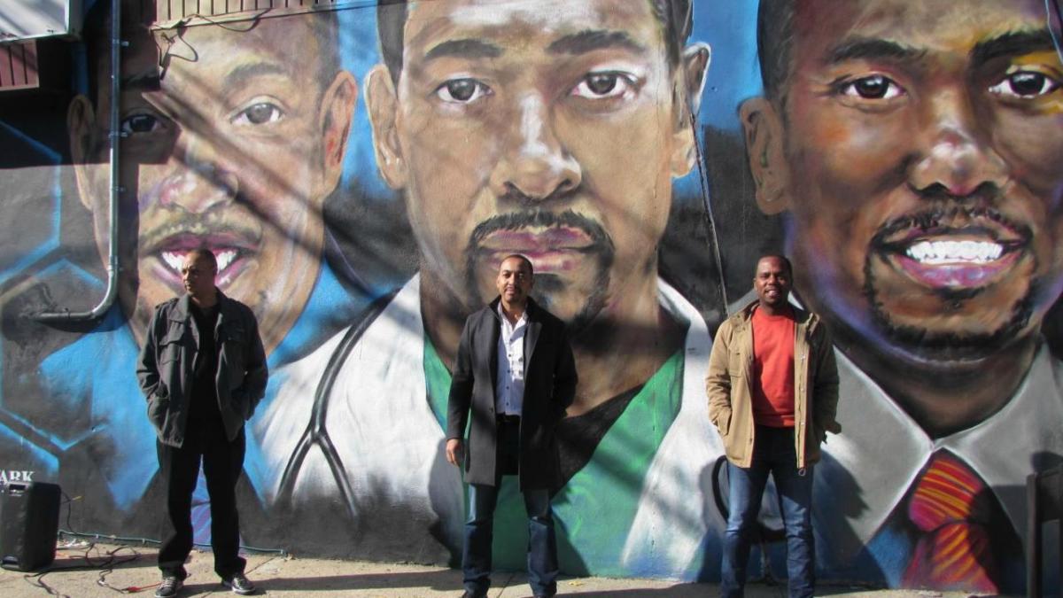 3 Doc Mural