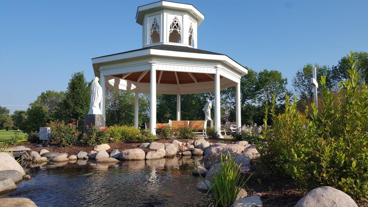 Carmelite_Meditation_Garden