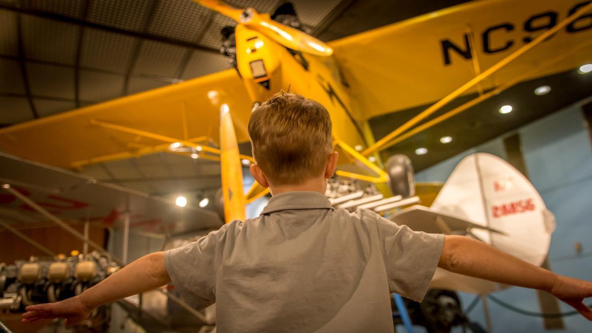 Museum-Harrisburg-PA State Museum-Kid w/yellow phone