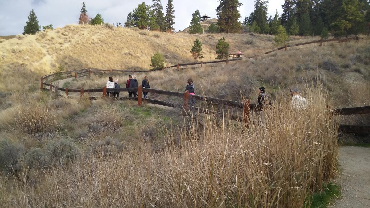 Meeting Planners Hiking at Knox Mountain